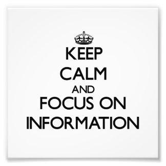 Guarde la calma y el foco en la información arte fotográfico