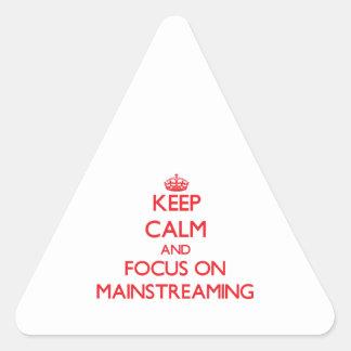 Guarde la calma y el foco en la integración calcomanías trianguloes personalizadas