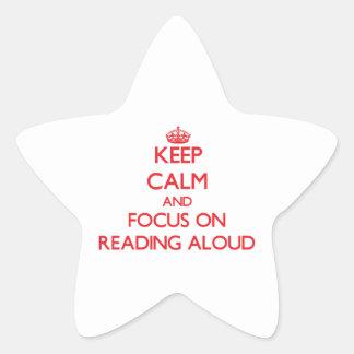 Guarde la calma y el foco en la lectura en voz alt