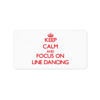 Guarde la calma y el foco en la línea baile etiqueta de dirección