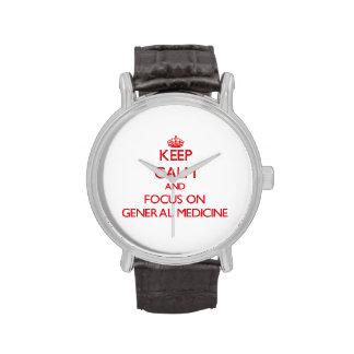 Guarde la calma y el foco en la medicina general relojes