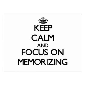 Guarde la calma y el foco en la memorización tarjetas postales