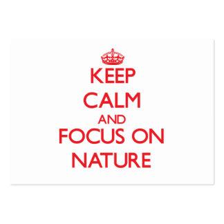 Guarde la calma y el foco en la naturaleza tarjeta personal