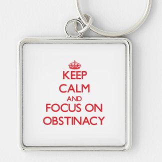 Guarde la calma y el foco en la obstinación llavero personalizado