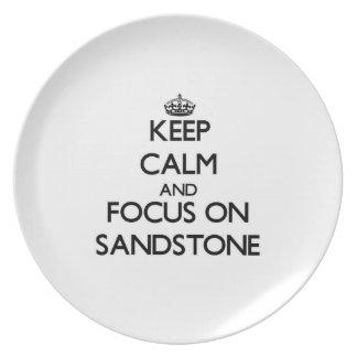 Guarde la calma y el foco en la piedra arenisca