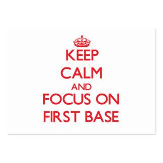 Guarde la calma y el foco en la primera base tarjeta personal