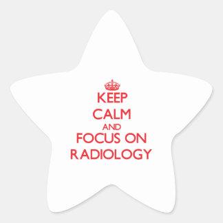 Guarde la calma y el foco en la radiología pegatina en forma de estrella