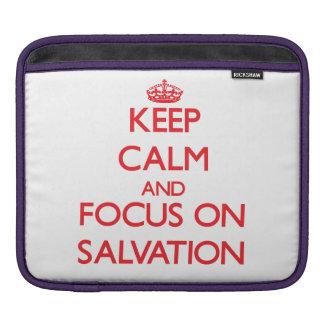Guarde la calma y el foco en la salvación fundas para iPads