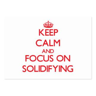 Guarde la calma y el foco en la solidificación tarjetas de visita grandes