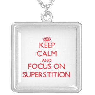 Guarde la calma y el foco en la superstición grímpola