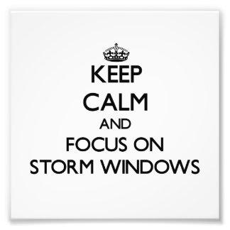 Guarde la calma y el foco en la tormenta Windows Fotografias