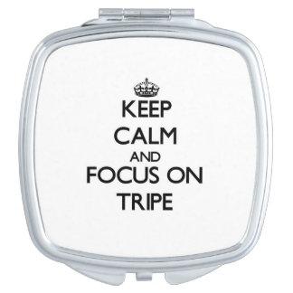 Guarde la calma y el foco en la tripa espejo maquillaje