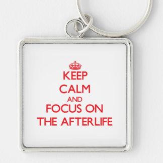Guarde la calma y el foco en la vida futura llaveros personalizados