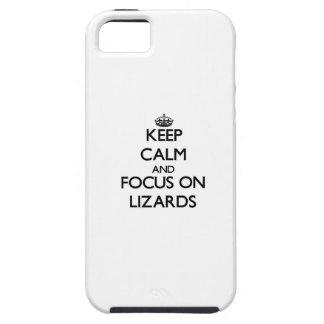 Guarde la calma y el foco en lagartos iPhone 5 carcasa