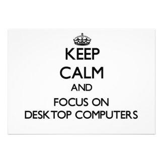 Guarde la calma y el foco en las computadoras de e comunicado personalizado
