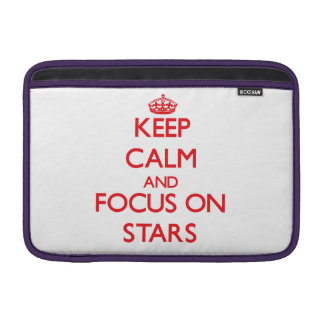 Guarde la calma y el foco en las estrellas funda  MacBook