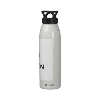 Guarde la calma y el foco en las faldas escocesas botellas de agua reutilizables