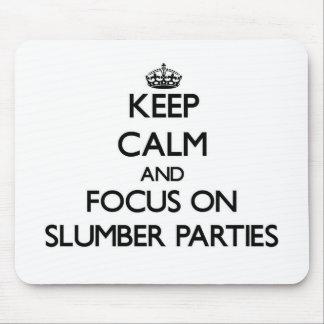Guarde la calma y el foco en las fiestas de alfombrilla de ratón