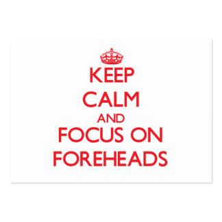 Guarde la calma y el foco en las frentes plantillas de tarjetas personales