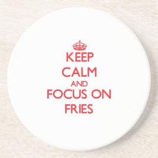 Guarde la calma y el foco en las fritadas posavasos diseño