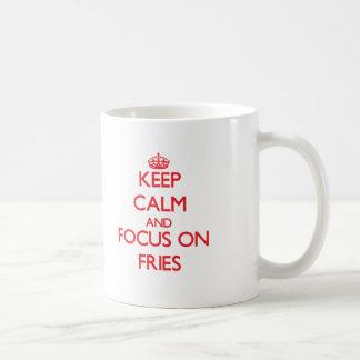 Guarde la calma y el foco en las fritadas tazas