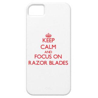 Guarde la calma y el foco en las hojas de afeitar iPhone 5 Case-Mate protector