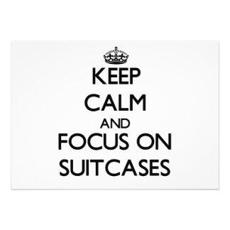 Guarde la calma y el foco en las maletas