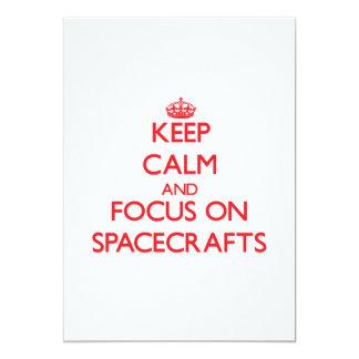 """Guarde la calma y el foco en las naves espaciales invitación 5"""" x 7"""""""