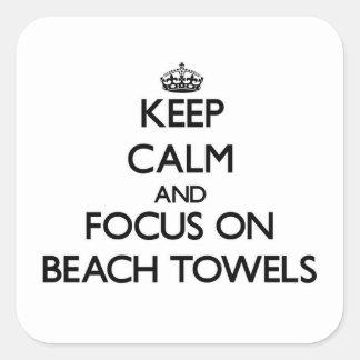 Guarde la calma y el foco en las toallas de playa