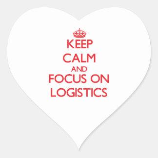 Guarde la calma y el foco en logística pegatina en forma de corazón
