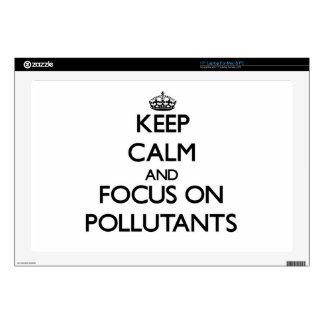 Guarde la calma y el foco en los agentes contamina portátil calcomanía
