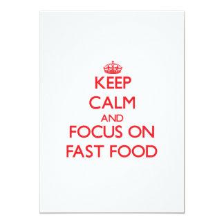 Guarde la calma y el foco en los alimentos de invitación 12,7 x 17,8 cm