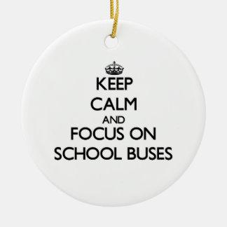 Guarde la calma y el foco en los autobuses ornamentos de reyes magos