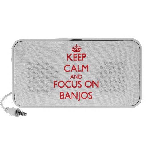 Guarde la calma y el foco en los banjos altavoz de viaje