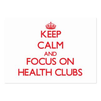 Guarde la calma y el foco en los clubs de salud plantilla de tarjeta de negocio