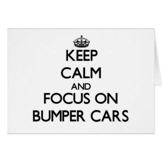 Guarde la calma y el foco en los coches de tarjeta pequeña