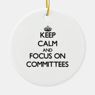 Guarde la calma y el foco en los comités adorno de navidad