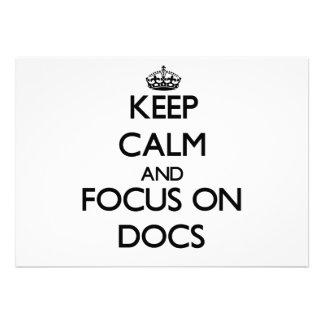 Guarde la calma y el foco en los doc invitacion personal