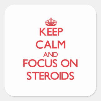 Guarde la calma y el foco en los esteroides calcomanías cuadradass personalizadas