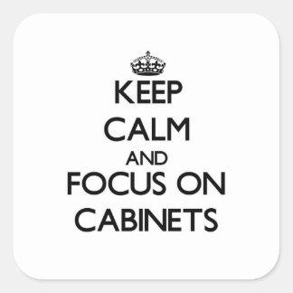 Guarde la calma y el foco en los gabinetes pegatinas cuadradas