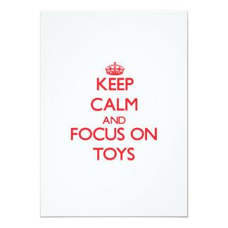 """Guarde la calma y el foco en los juguetes invitación 5"""" x 7"""""""