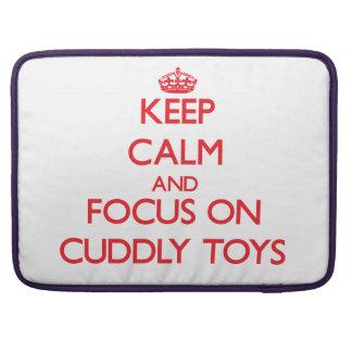 Guarde la calma y el foco en los juguetes mimosos fundas para macbooks