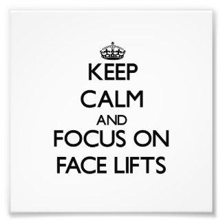 Guarde la calma y el foco en los liftinges faciale