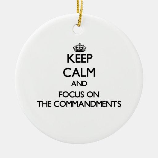 Guarde la calma y el foco en los mandamientos ornamento para reyes magos