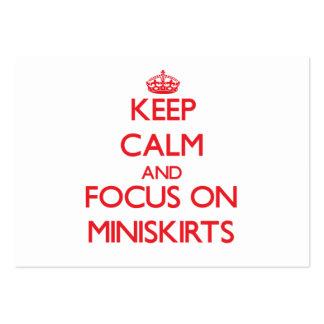 Guarde la calma y el foco en los Miniskirts Tarjetas De Visita