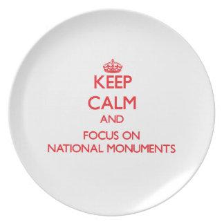 Guarde la calma y el foco en los monumentos nacion