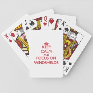 Guarde la calma y el foco en los parabrisas cartas de póquer