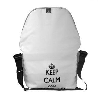 Guarde la calma y el foco en los pegatinas bolsa de mensajería