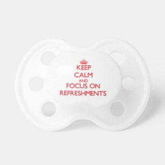 Guarde la calma y el foco en los refrigerios chupetes para bebés