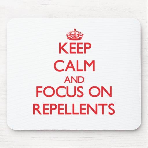 Guarde la calma y el foco en los repulsivos tapete de ratón